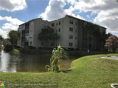 North Lauderdale Condo/Townhouse For Sale: 1830 SW 81st Ave #4304