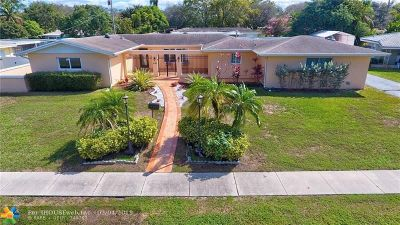 Plantation Single Family Home For Sale: 540 SW 60th Ave