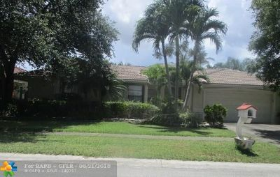 Plantation Single Family Home For Sale: 1835 NW 108th Ave