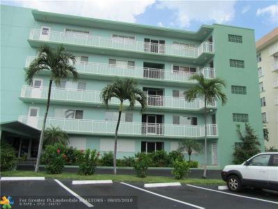 Lauderdale By The Sea Condo/Townhouse Backup Contract-Call LA: 1750 S Ocean Blvd #504