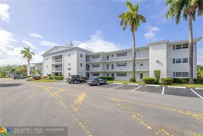 Hallandale Condo/Townhouse For Sale: 470 Paradise Isle Blvd #107