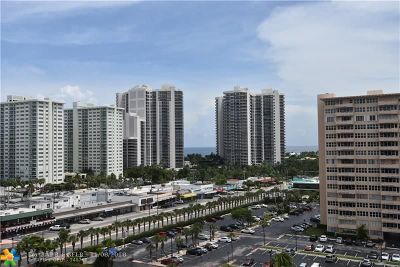 Fort Lauderdale Condo/Townhouse For Sale: 3300 NE 36th St #1121