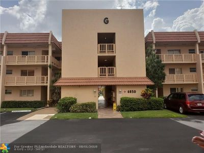 Margate Condo/Townhouse For Sale: 6850 Royal Palm Blvd #206