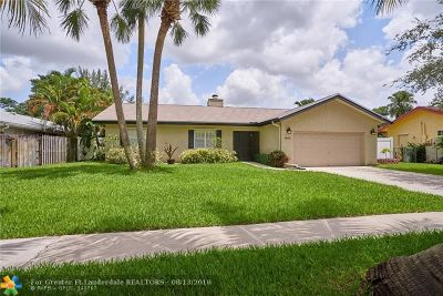 Coconut Creek Single Family Home For Sale: 4975 NW 6th St