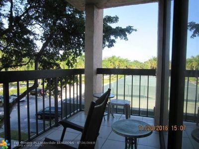 Delray Beach Condo/Townhouse For Sale: 750 Egret Cir #6301