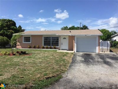 Deerfield Beach Single Family Home For Sale: 600 SW 14th Pl