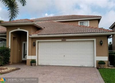 Coconut Creek Single Family Home For Sale: 4455 Banyan Trails Dr