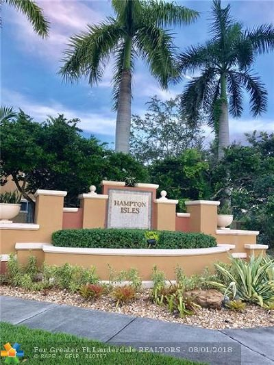Pembroke Pines Condo/Townhouse For Sale: 776 SW 106th Ave #1903