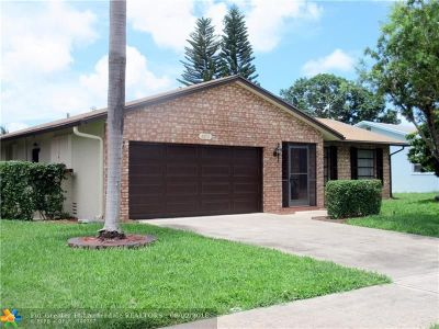 Deerfield Beach Single Family Home For Sale: 2673 SW 14th Ct