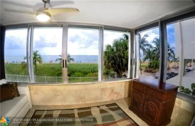 Pompano Beach Condo/Townhouse For Sale: 8 Briny Ave #206