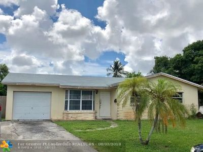 North Lauderdale Single Family Home For Sale: 862 SW 68th Ave