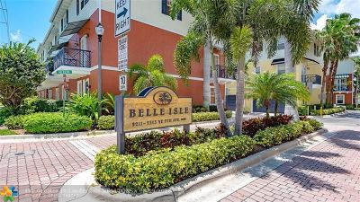 Wilton Manors Condo/Townhouse For Sale: 2211 NE 9th Ave #2211