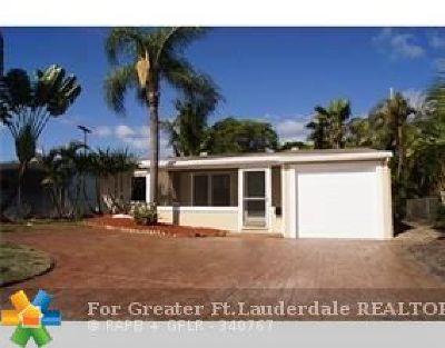 Oakland Park Single Family Home For Sale: 5517 N Andrews Ave