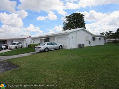 Plantation Single Family Home For Sale: 9050 NW 10th Pl
