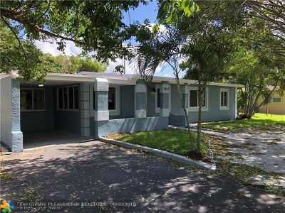Lauderhill Single Family Home For Sale: 3611 NW 1st Ct