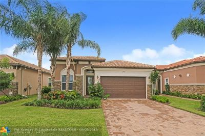 Delray Beach Single Family Home For Sale: 14914 Rapolla Dr