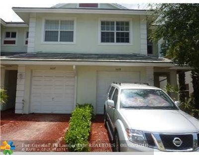 Oakland Park Condo/Townhouse For Sale: 3039 NW 30th Ave #3039