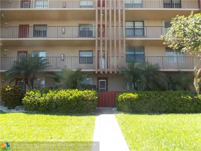 Margate Condo/Townhouse For Sale: 357 N Rock Island Rd #102