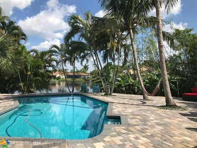Deerfield Beach Single Family Home For Sale: 3885 NW 3rd Pl