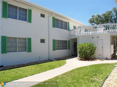 Fort Lauderdale Condo/Townhouse For Sale: 1821 NE 62nd St #411