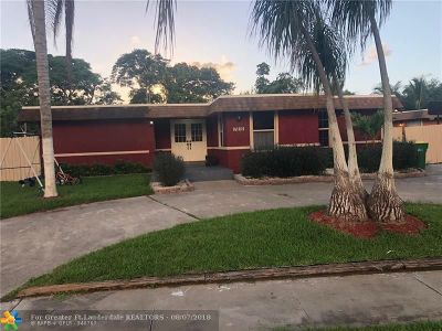 Tamarac Single Family Home For Sale: 7815 NW 75th Ave