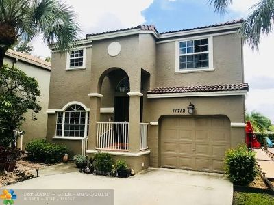 Coral Springs Single Family Home For Sale: 11712 SW 1st St