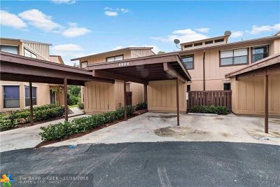 Coral Springs Condo/Townhouse For Sale: 9994 Royal Palm Blvd #9994