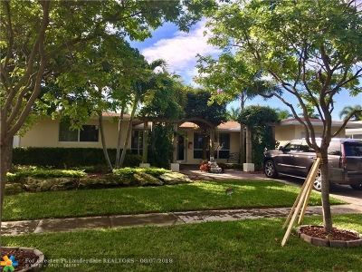Pompano Beach Single Family Home For Sale: 330 SE 10th Street