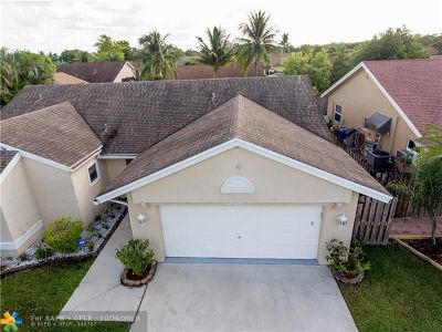 Sunrise Single Family Home For Sale: 3104 NW 107th Drive