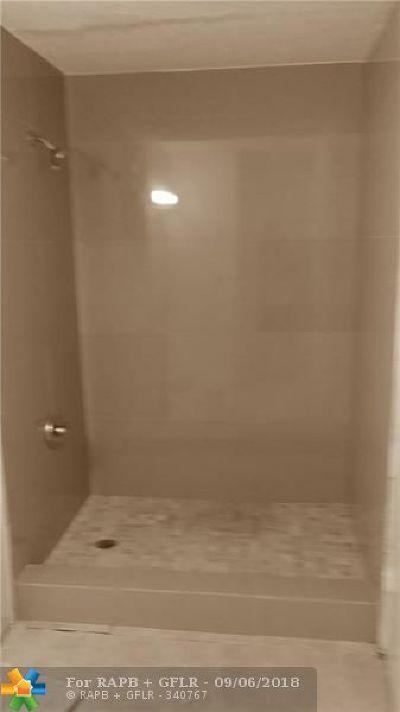 Miami Condo/Townhouse For Sale: 10440 SW 156th Ct #711