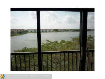 Pembroke Pines Condo/Townhouse For Sale: 1500 SW 131 Way #410N