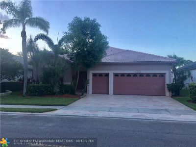 Tamarac Single Family Home For Sale: 7727 NW 79th St