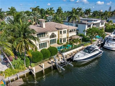 Las Olas Isles Single Family Home For Sale: 174 Royal Palm Dr