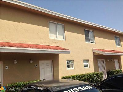 Miami Condo/Townhouse For Sale: 8025 NW 8 St #5