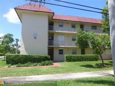 Deerfield Beach Condo/Townhouse For Sale: 750 SE 6th Ave #136