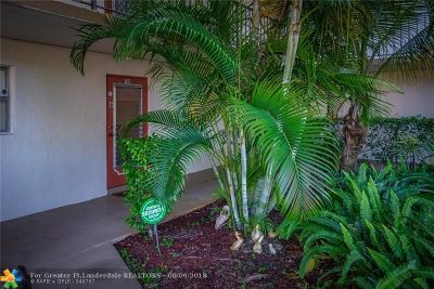 Coral Springs Condo/Townhouse For Sale: 3000 Riverside Dr #109