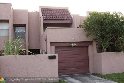 Lauderhill Condo/Townhouse For Sale: 1721 NW 56th Ave #7