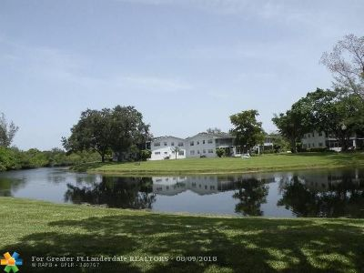 Deerfield Beach Condo/Townhouse For Sale: 3 Tilford A #3