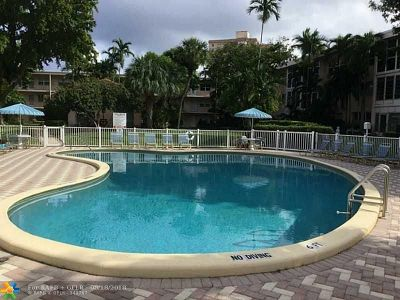 Pompano Beach Condo/Townhouse For Sale: 1481 S Ocean Blvd #330C