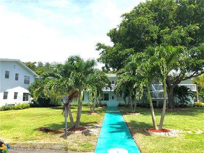 Deerfield Beach Condo/Townhouse For Sale: 569 Durham T #569