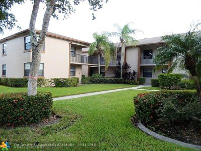 Tamarac Condo/Townhouse For Sale: 9718 W McNab Rd #205