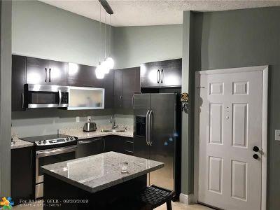 Miami Condo/Townhouse For Sale: 903 NE 199th St #205