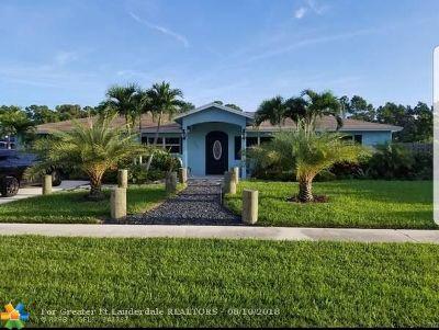 Lake Worth Single Family Home For Sale: 7131 Oakmont Dr