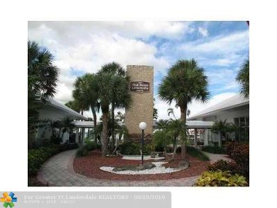 Pompano Beach FL Condo/Townhouse For Sale: $85,000
