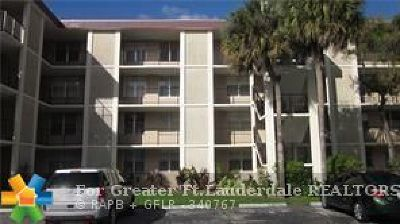 Lauderdale Lakes Condo/Townhouse For Sale: 2600 NW 49th Ave #409