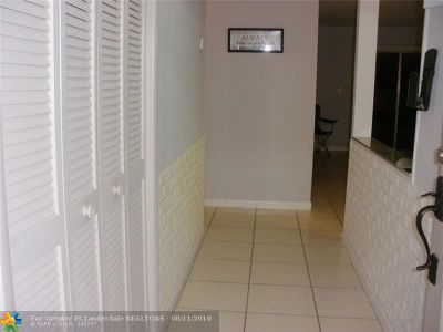 Coral Springs Condo/Townhouse For Sale: 4121 NW 88th Ave #206