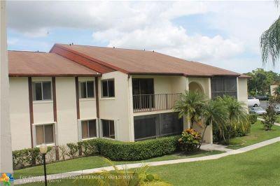 West Palm Beach Condo/Townhouse Backup Contract-Call LA: 4821 Sable Pine Cir #C2