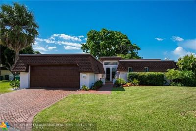 Tamarac Single Family Home For Sale: 6301 Ironwood Cir