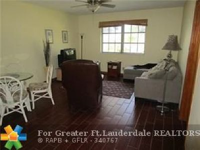 Fort Lauderdale Condo/Townhouse For Sale: 6260 NE 18th Ave #823