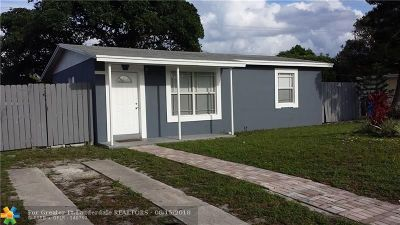 Pompano Beach FL Single Family Home For Sale: $165,000